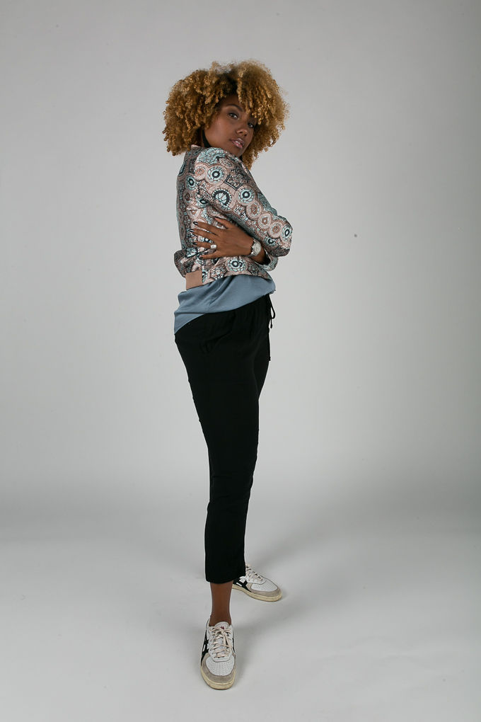 RSEE-LCM-Liveclothesminded-xmmtt-longbeach-7069-bomber jacket-what to wear to work-work outfit-natural hair- curls