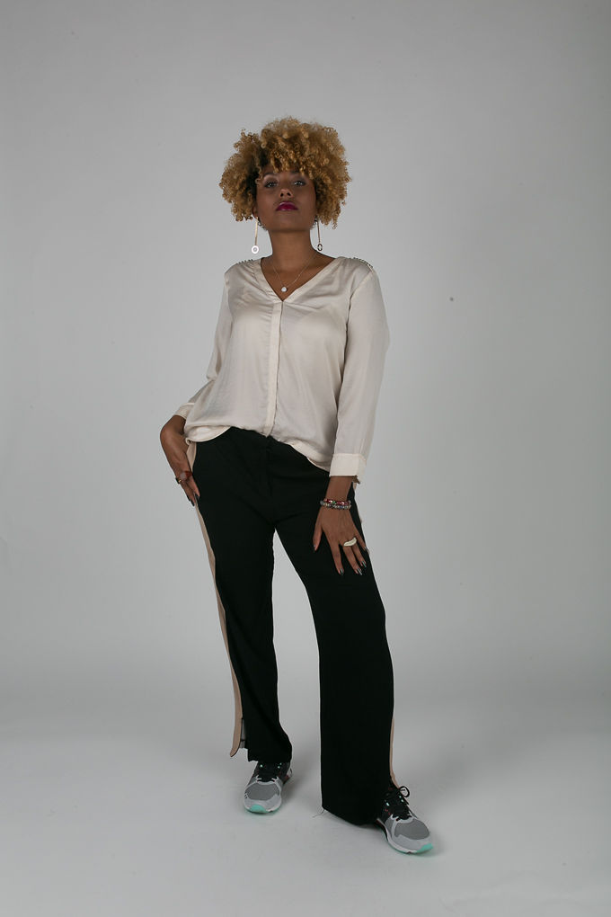 RSEE-LCM-Liveclothesminded-xmmtt-longbeach-7192--what to wear to work- slacks with sneakers - work outfit - professional outfit - casual