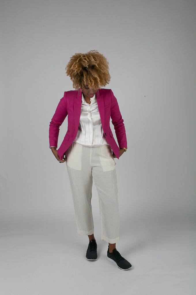 RSEE-LCM-Liveclothesminded-xmmtt-longbeach-7204-blazer-pink blazer-statement blazer-what to wear to work-outfit idea for work-natural hair-blonde curls-white pants
