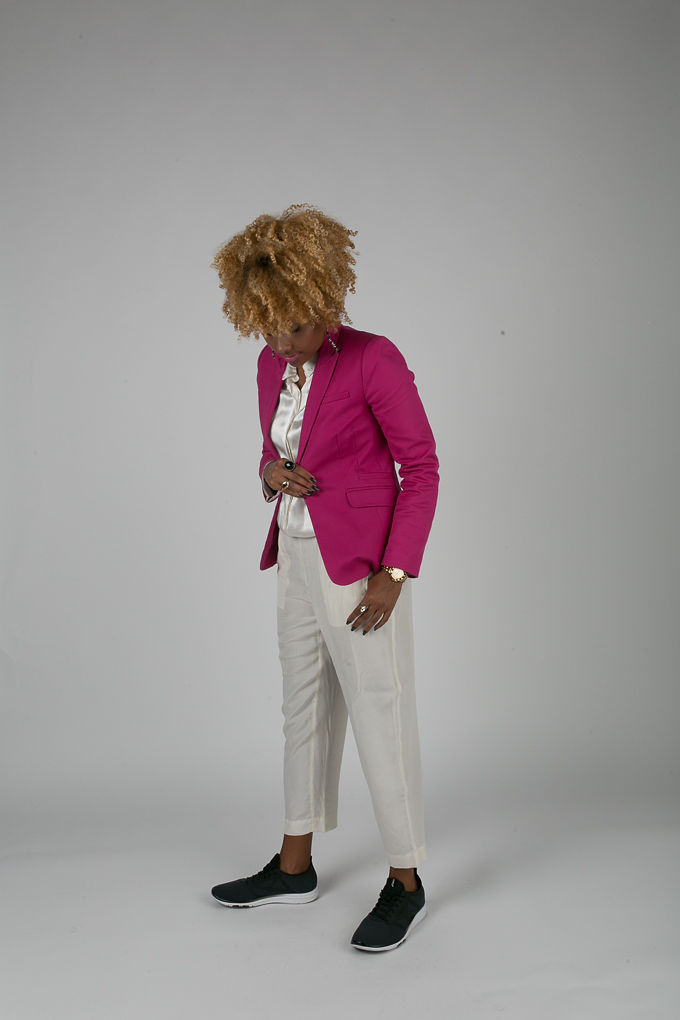 RSEE-LCM-Liveclothesminded-xmmtt-longbeach-7204-blazer-pink blazer-statement blazer-what to wear to work-outfit idea for work-natural hair-blonde curls-white pants