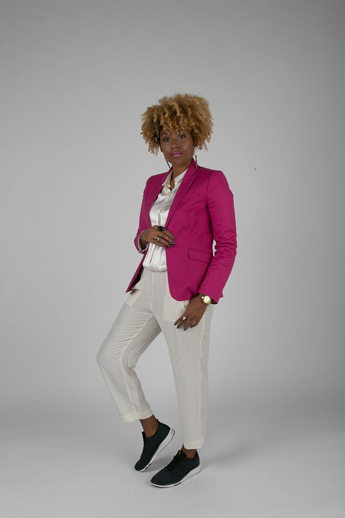 RSEE-LCM-Liveclothesminded-xmmtt-longbeach-7208-blazer-pink blazer-statement blazer-what to wear to work-outfit idea for work-natural hair-blonde curls-white pants