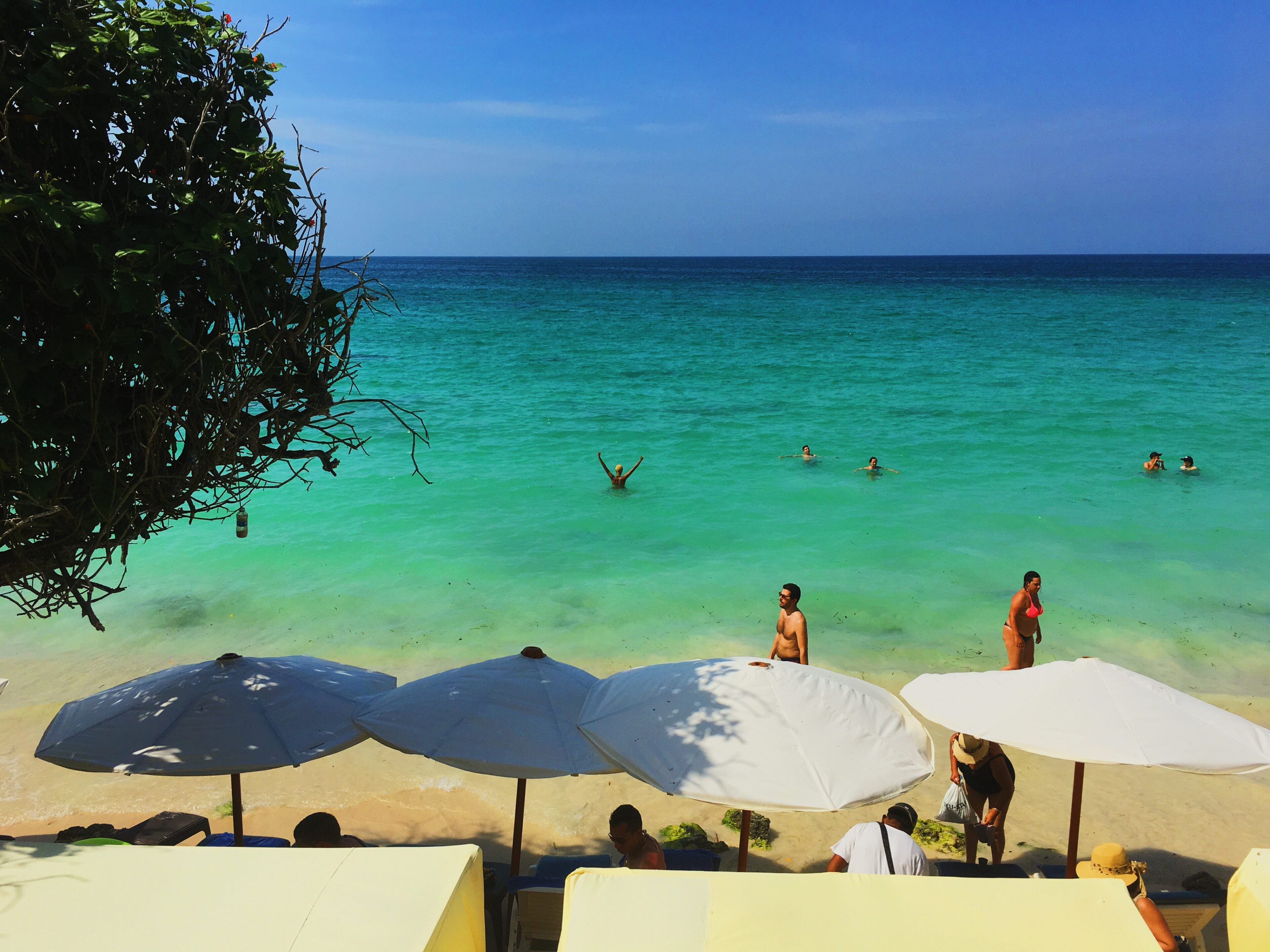lcm-liveclothesminded-colombia-cartagena-playa blanca-beach