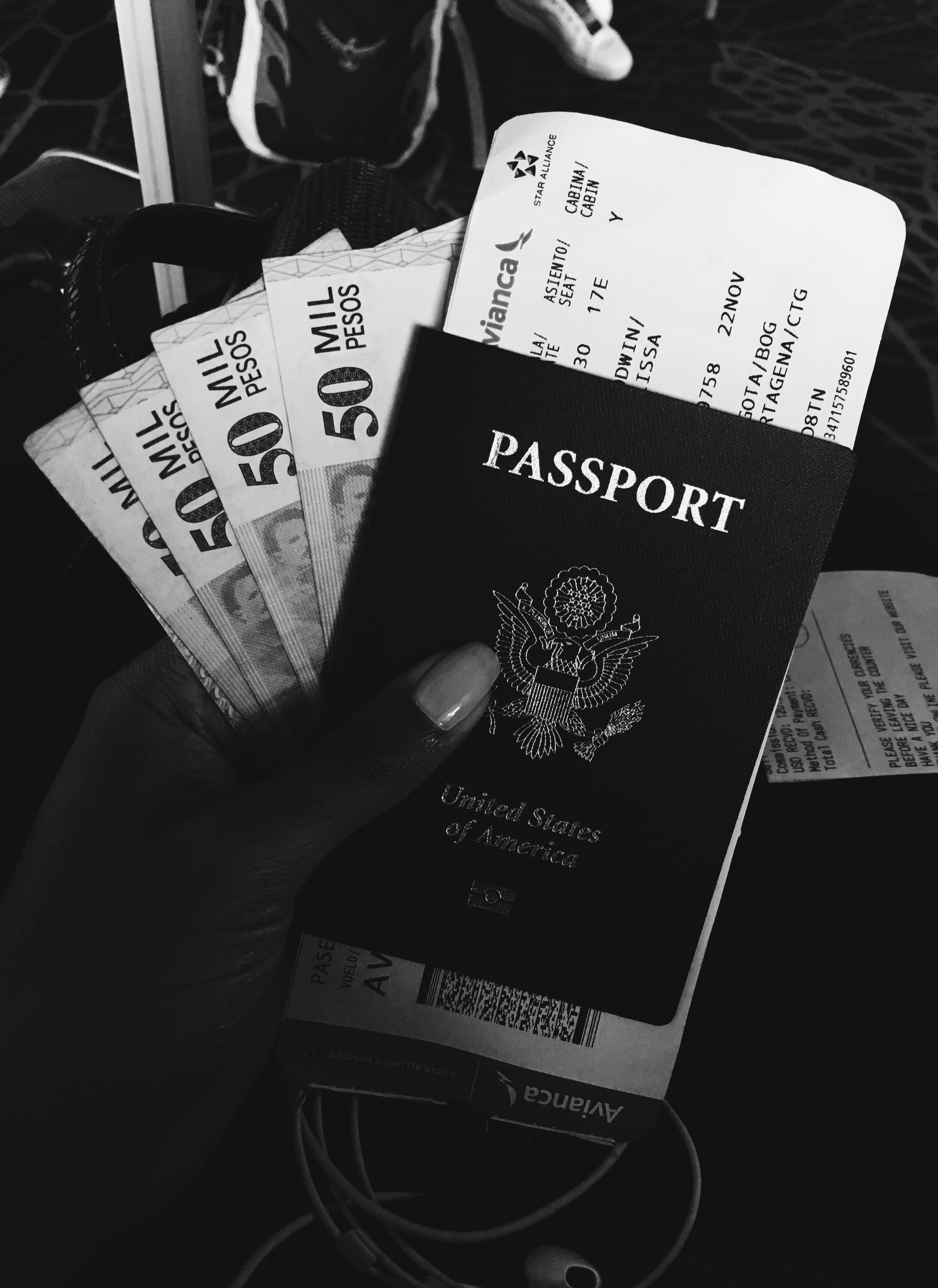 lcm-liveclothesminded-passport-travel