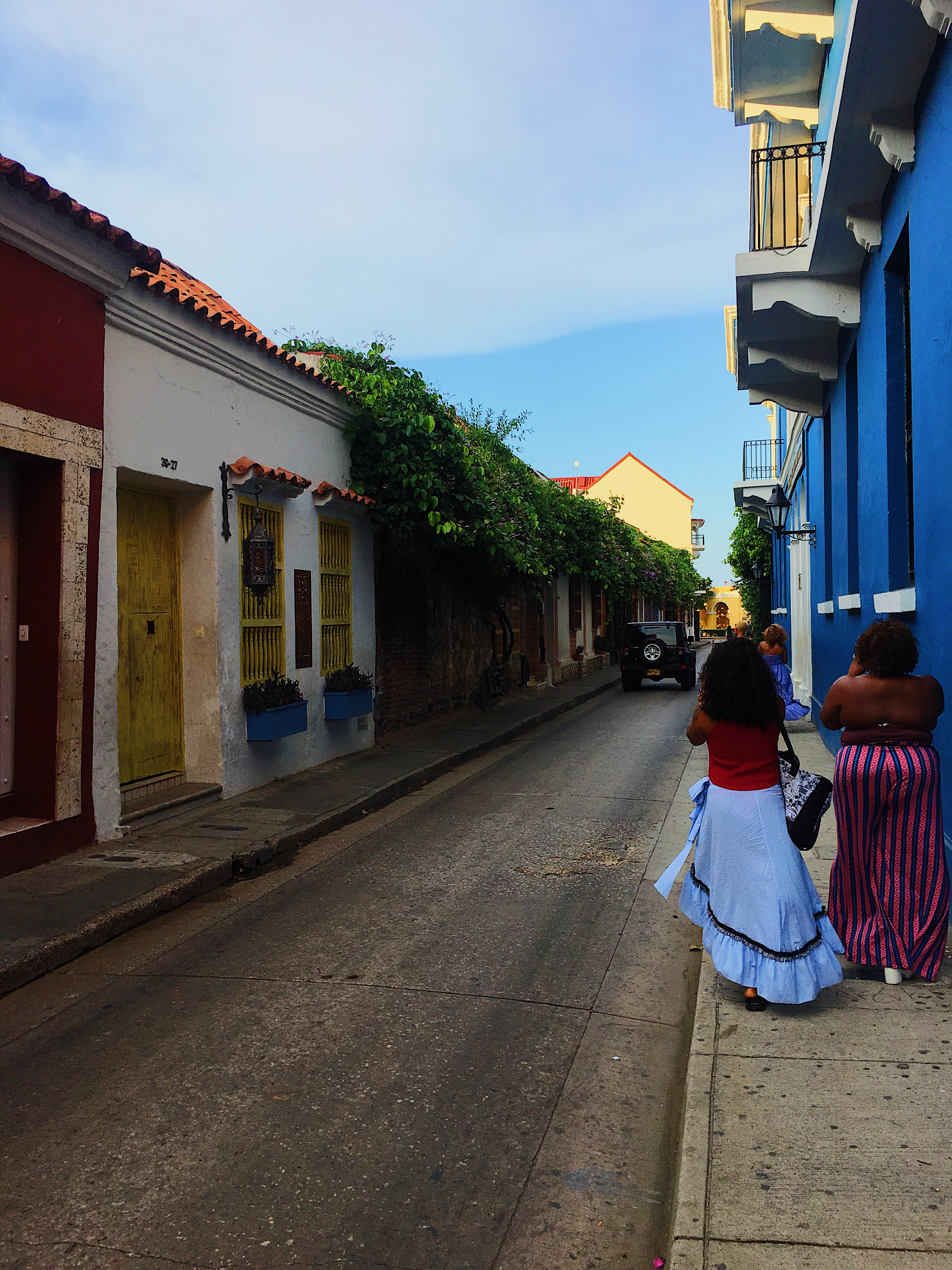 lcm-liveclothesminded-cartagena-colombia-walled city-old town