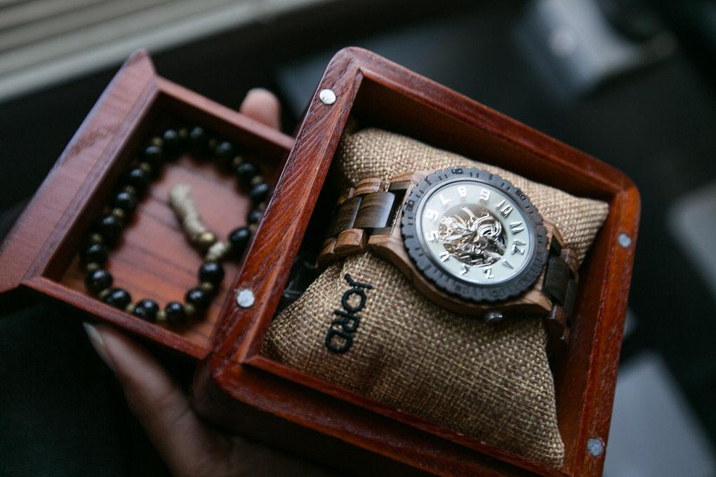 jord wood watch in ceder humidor presentation box