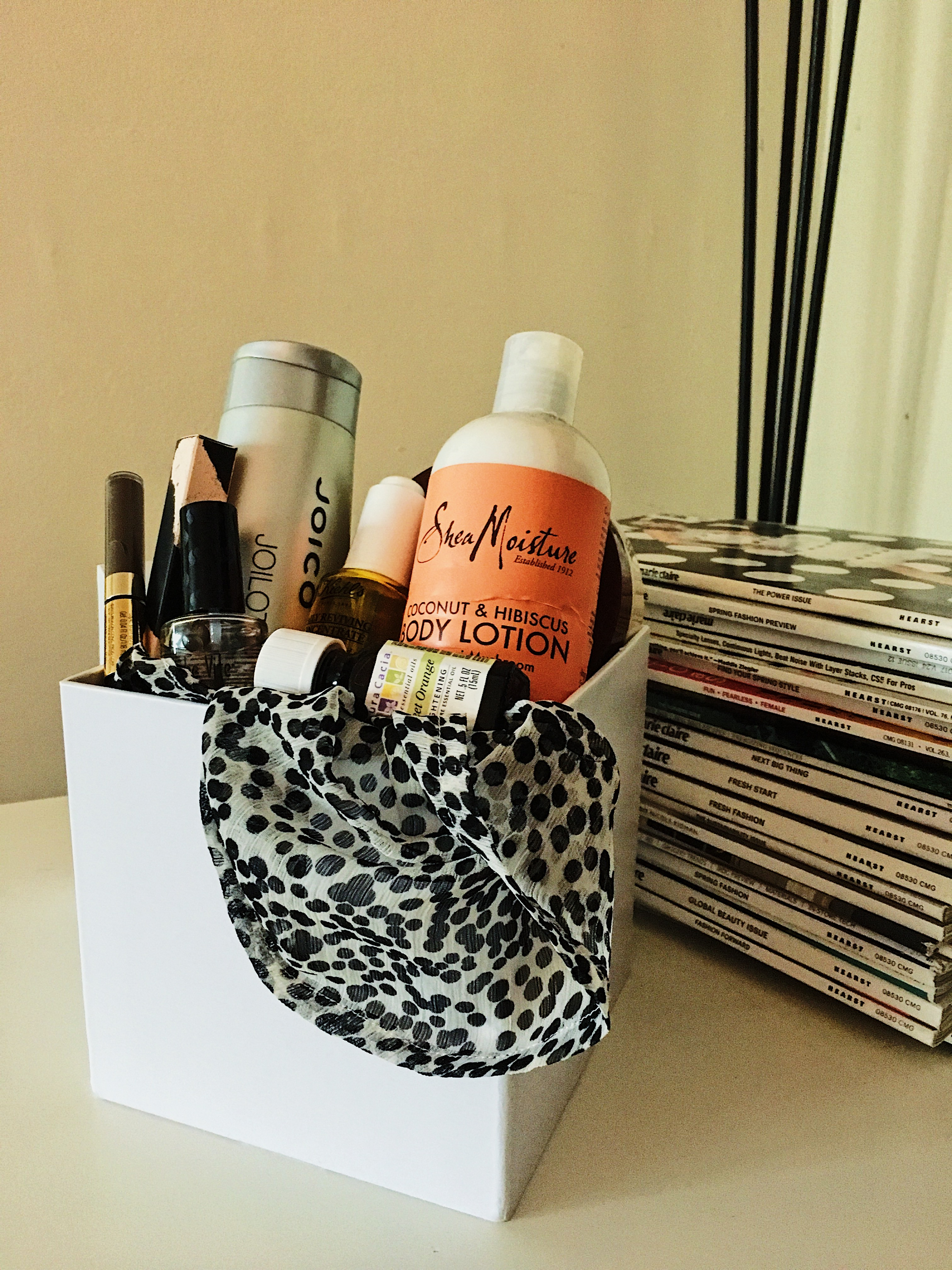 mother's day gift idea-personalized gift box-beauty box-gifts for mom
