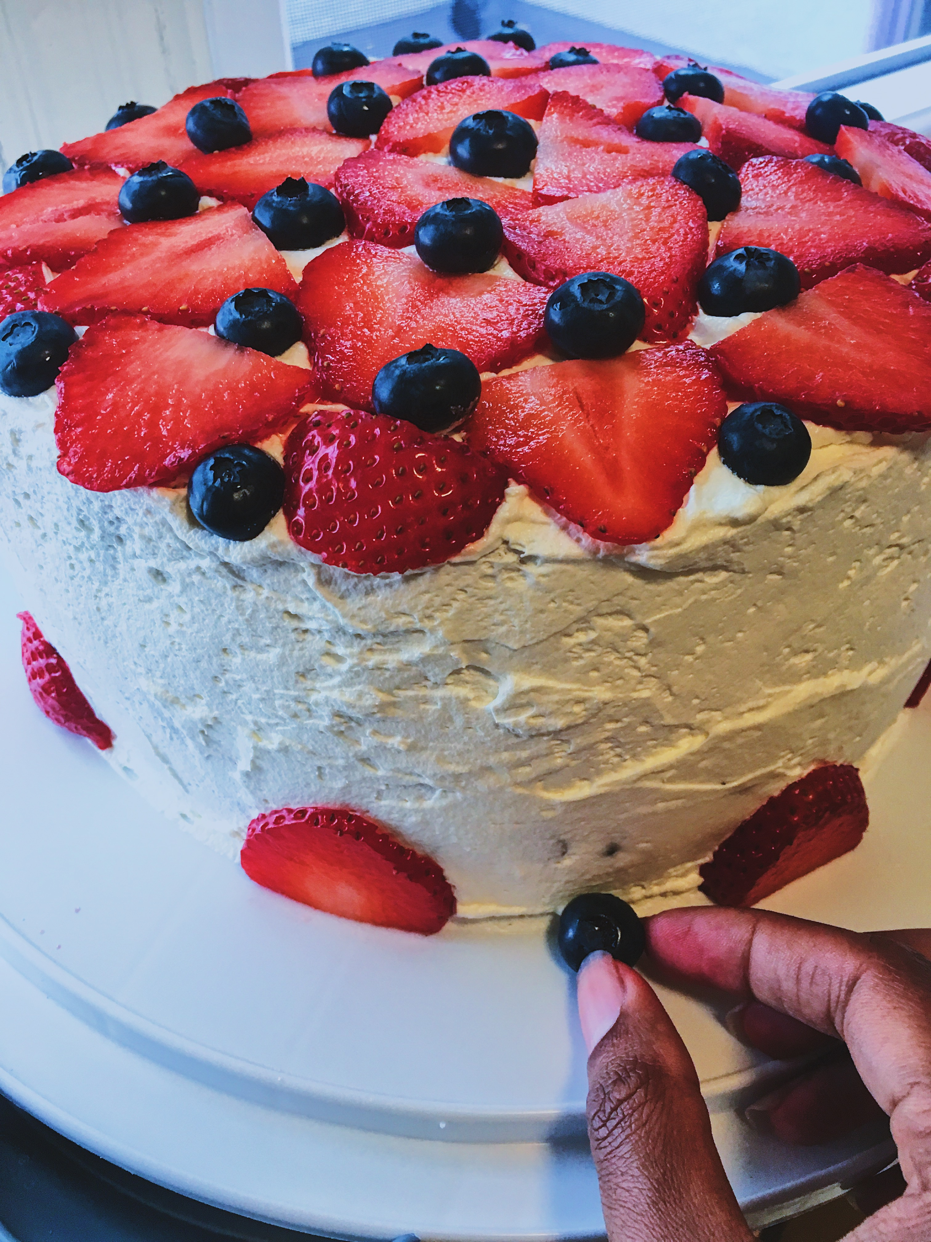 4th of july cake recipe-blueberry-strawberry-cake ideas-cool whip