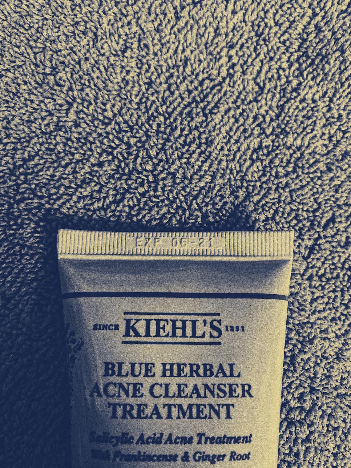 kiehls blue herbal acne cleanser treatment