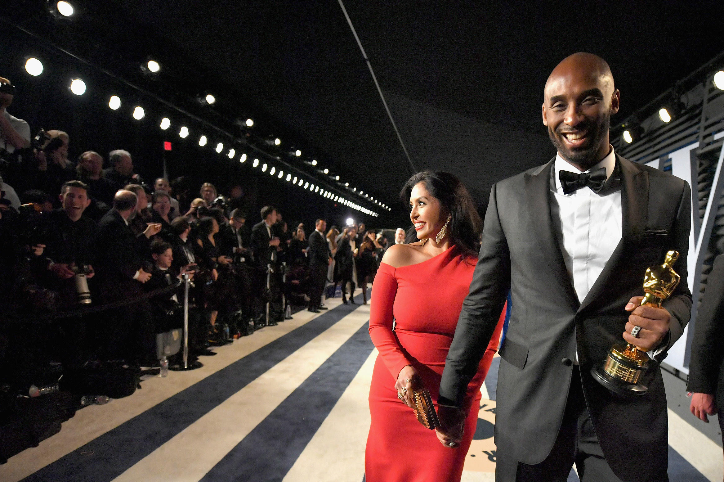 Vanessa Bryant-Kobe Bryant-2018 Vanity Fair Oscar Party-Radhika Jones-Wallis Annenberg Center for the Performing Arts-Beverly Hills-California-red carpet-getty images