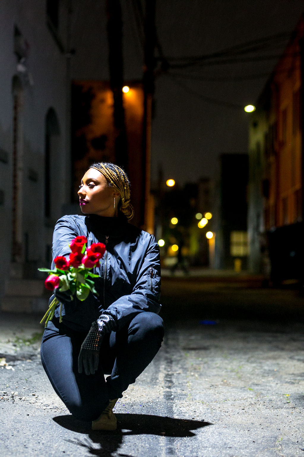 roses-night photography-lcm-rsee-wear who you are-xmmtt