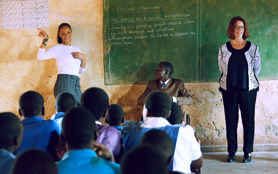 rihanna-teaching-claralionelfoundation