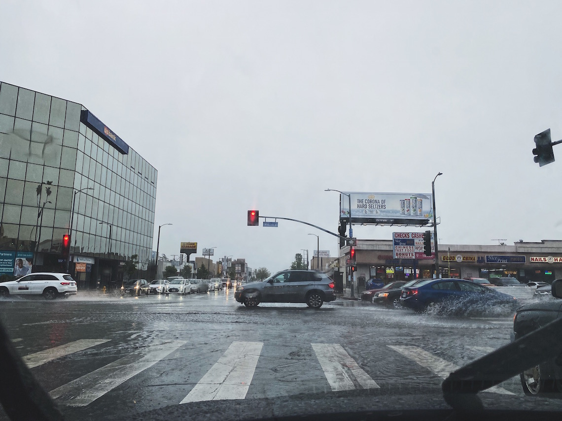 driving in rain-street-red light
