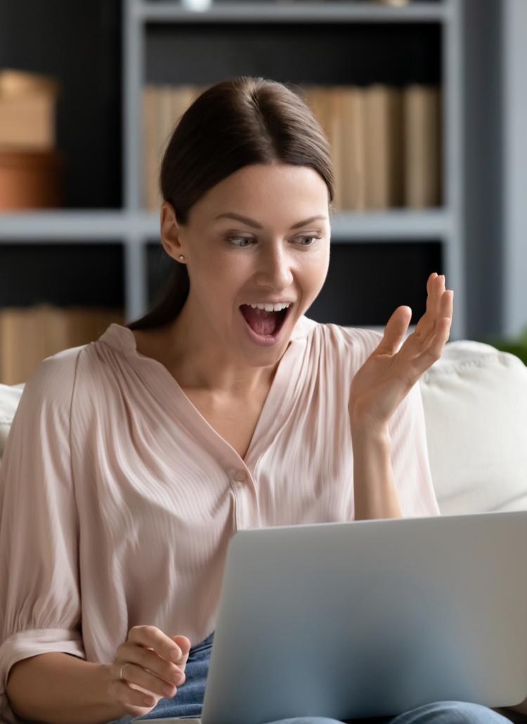 Episode #106: Confessions of a Secret Online Shopper with Leah Fellows
