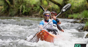 Kayaking at Raid Gallaecia