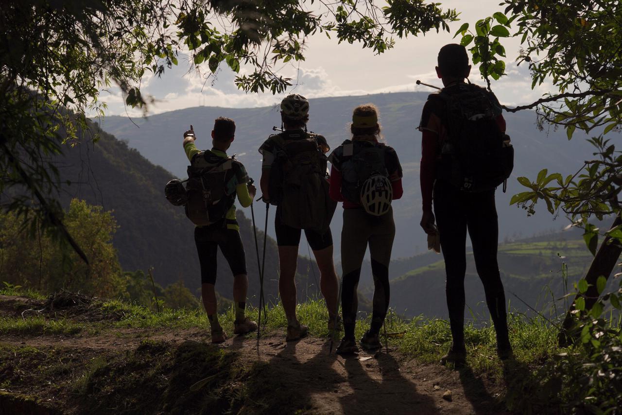 Trekking in the valleys around Patate