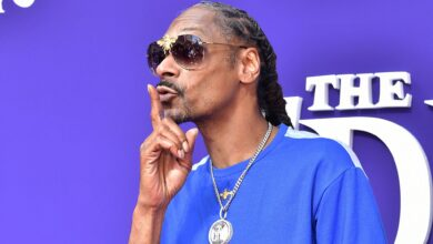 Photo of Snoop Dogg Gets Pulled Over By the Cops While He Is Shooting A Music Video