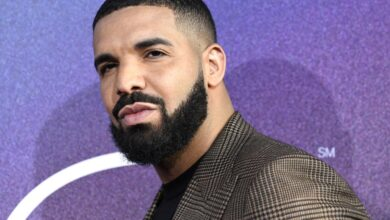 """Photo of Drake Set To Executive Produce Selena Gomez """"Spiral"""" Thriller"""