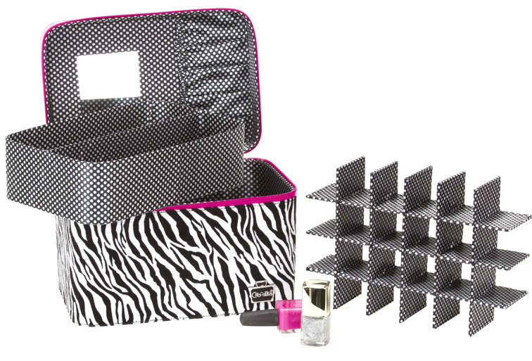 """Gilded Pleasure Nail Valet and Envy """"IT"""" Bag debut this spring"""