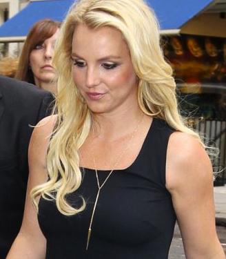 Britney Wears MAKKO While In London Promoting New Music