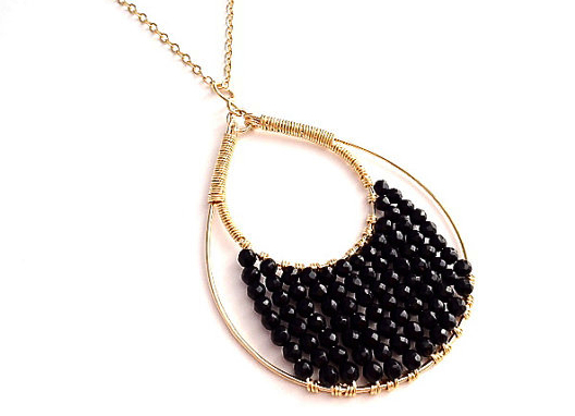 Fab Jewels of The Day: Atlas Onyx Raindrop Pendant Necklace