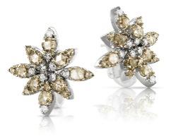 Sarah Silverman wearing Pasquale Bruni diamond earrings at Emmy Awards