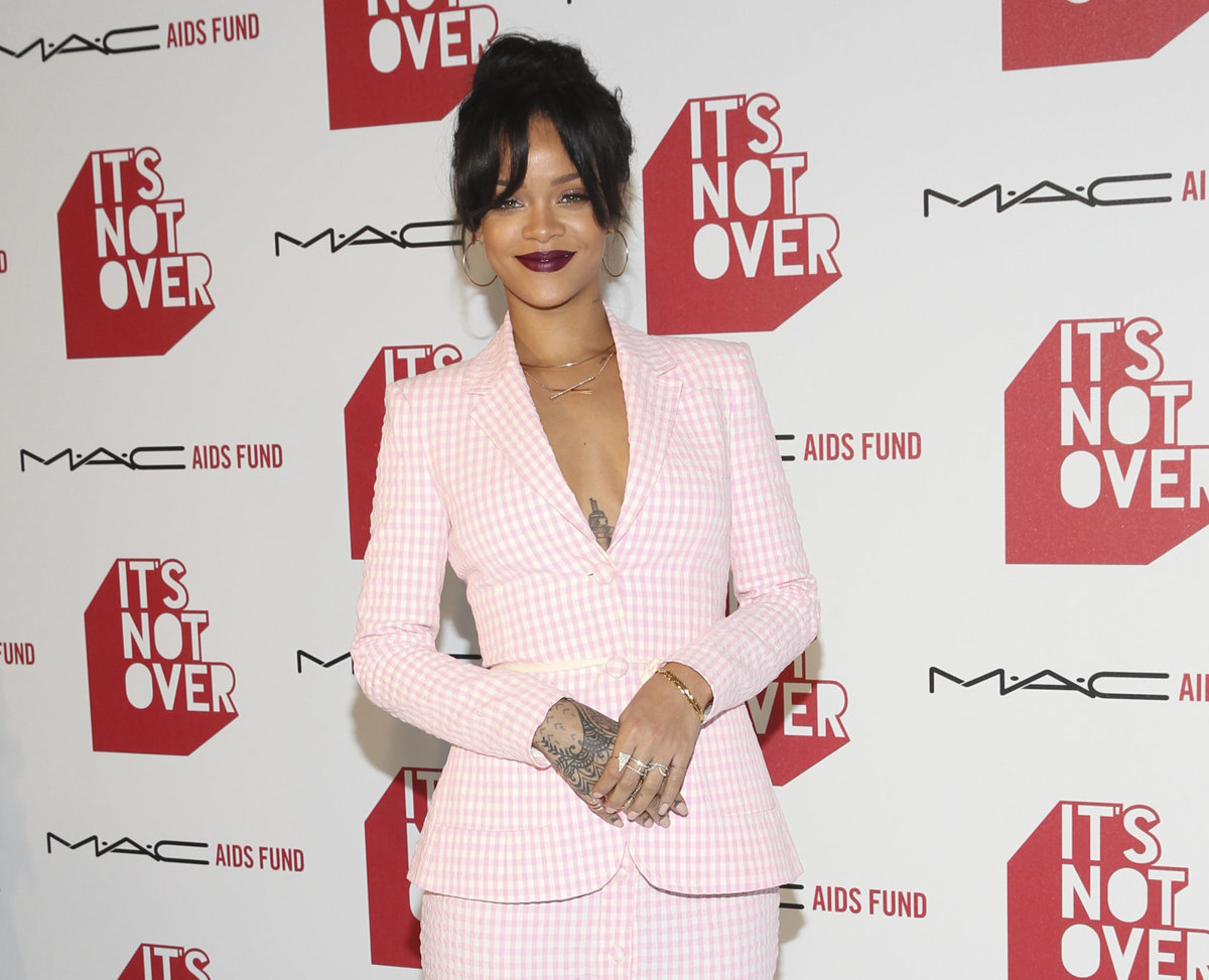 Rhianna, M·A·C COSMETICS, THE M·A·C AIDS FUND News