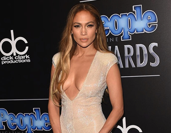 Jennifer Lopez, Roselyn Sanchez, PEOPLE Magazine Awards, Fab Jewels