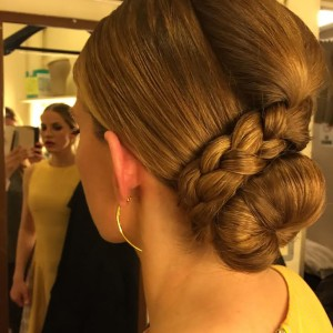 hair updo style