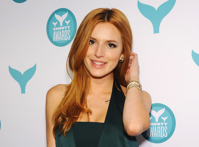 Bella Thorne, Her Jewelry Fab Style In NY