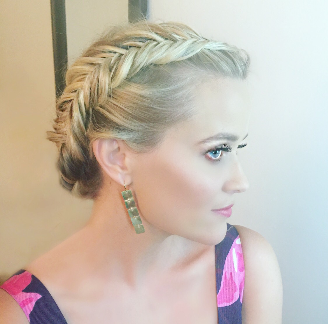 Reese Witherspoon star style hair updo news