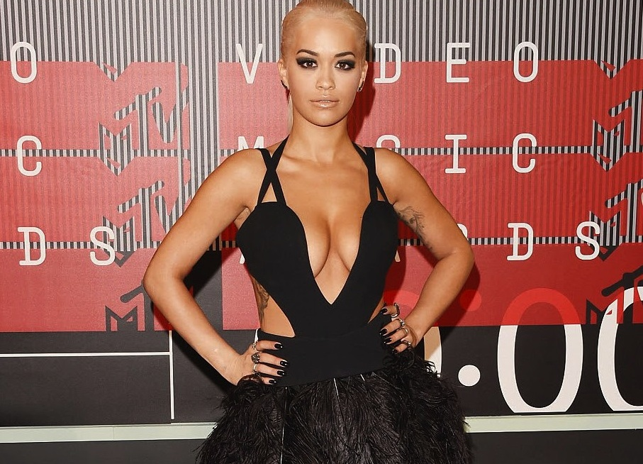 Rita Ora, MTV Video Music Awards, Her Red Carpet Style