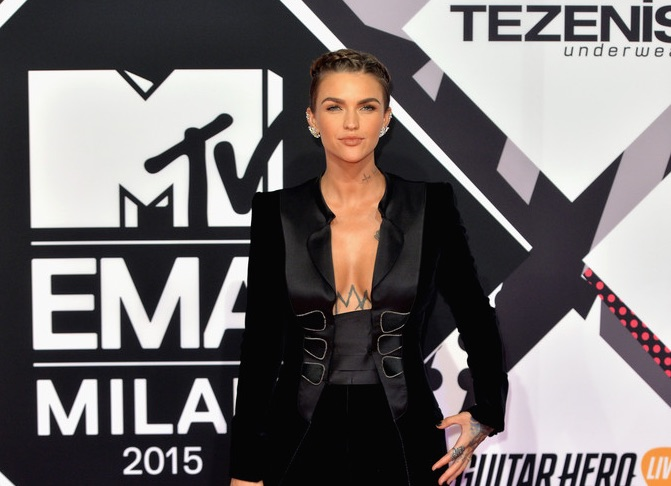 Ruby Rose Diamond Jewel Styles On The Red Carpet