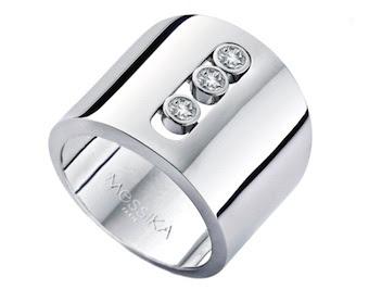 "Jennifer Lopez ""American Idol"" Style In Messika white gold diamond ring"