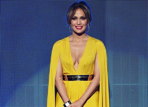 Jennifer Lopez, American Music Awards Red Carpet Style