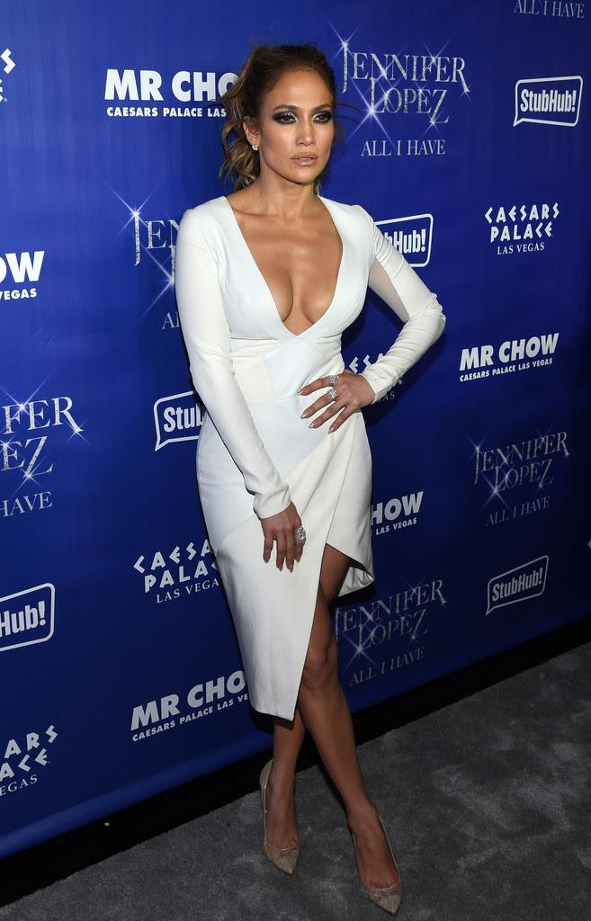 Jennifer Lopez Styled In Pasquale Bruni Diamond Rings