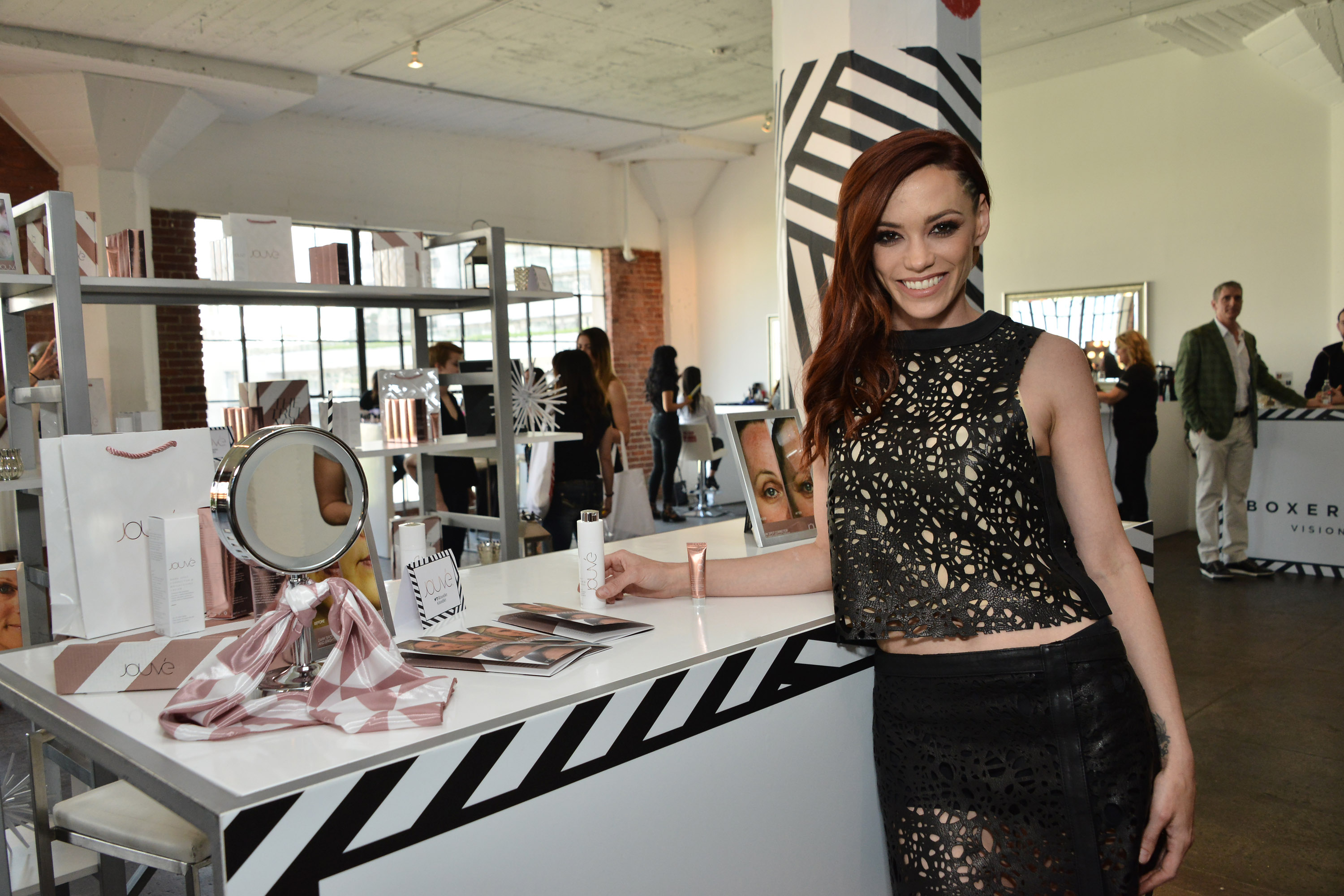 The Colgate Optic White Beauty Bar, The Cool Event To Be At