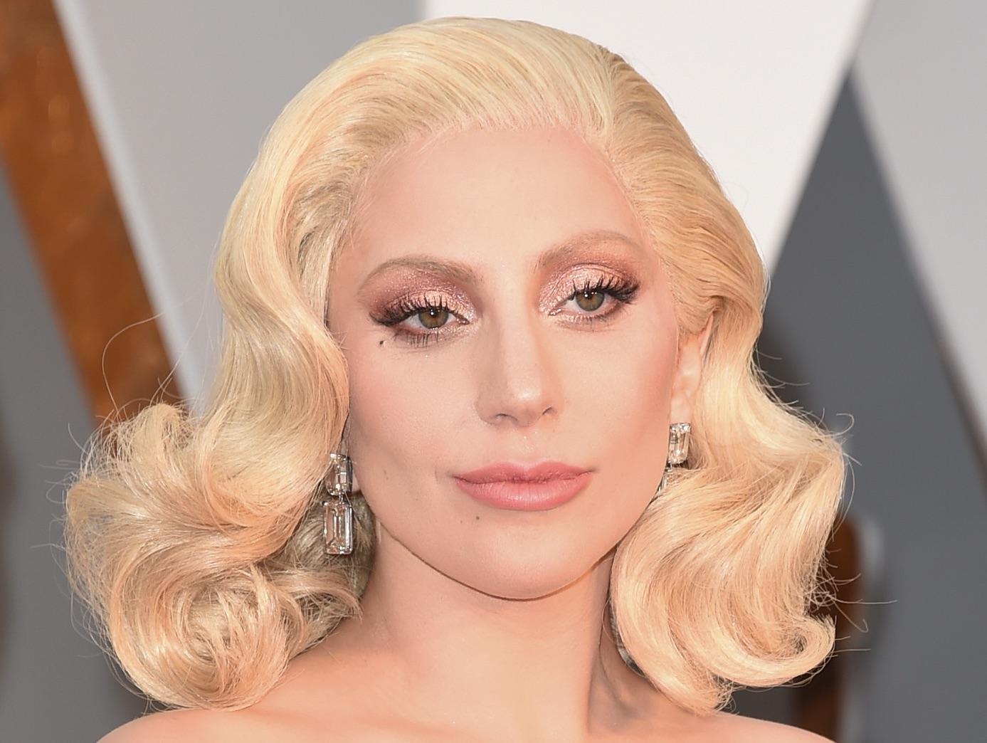Lady Gaga, Her Hair at the 88th Annual Academy Awards