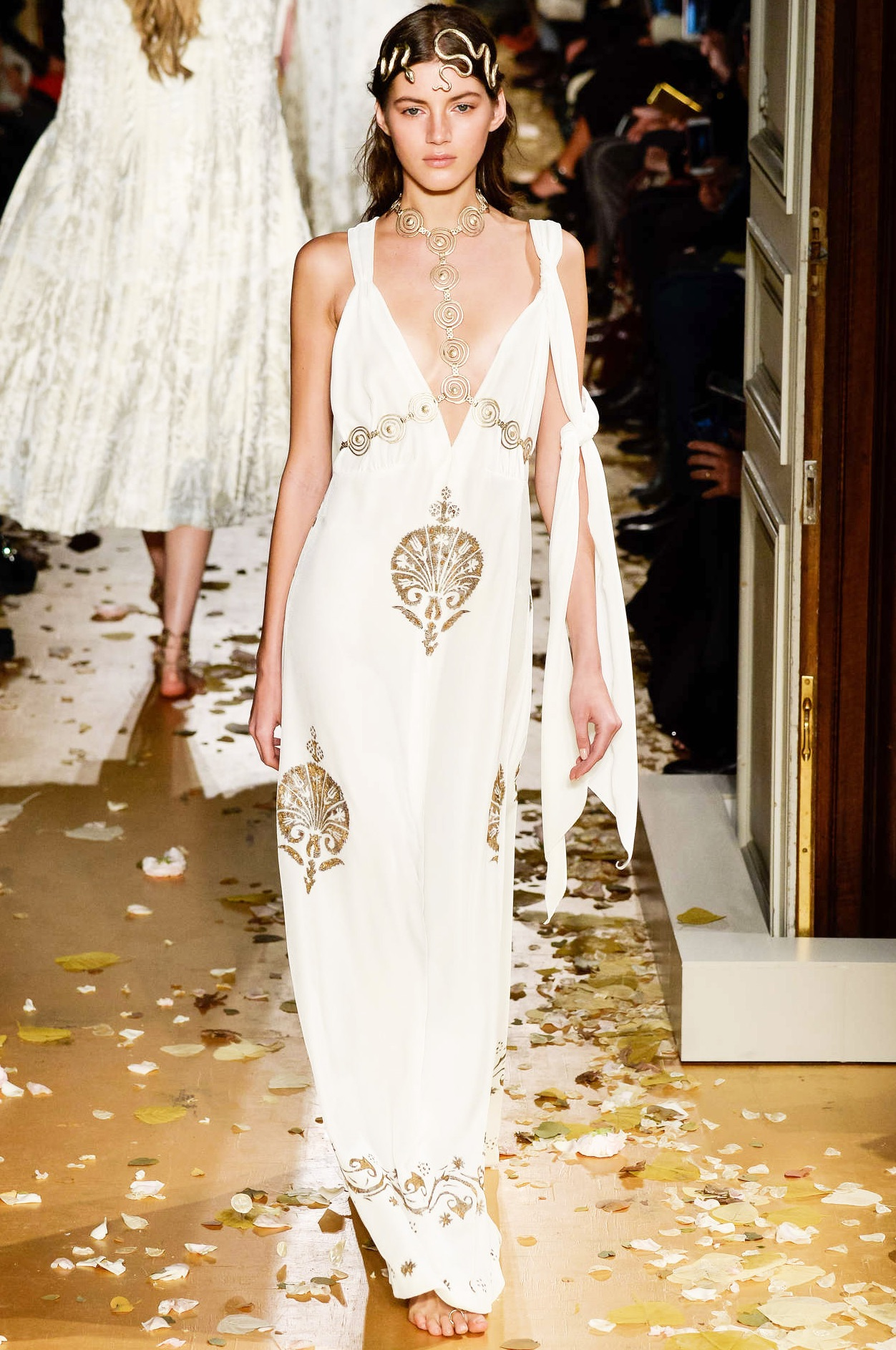 Valentino Summer 2016 Must Have Look