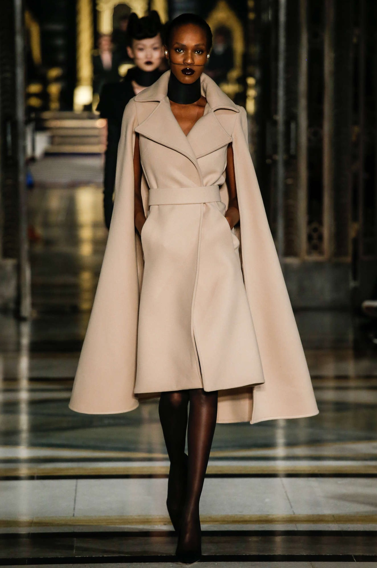 Gareth Pugh Fall/Winter 2016 Fashion Show