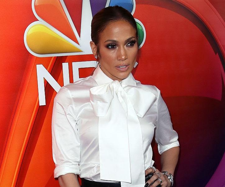Jennifer Lopez, Hearts on Fire diamond bracelets moment