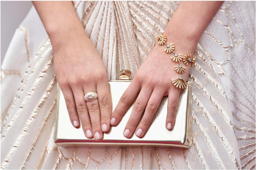 Oscars Red Carpet Jewel Heaven Style Moment with Auli'i Cravalho