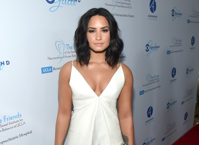 "Demi Lovato Rocks Pasquale Bruni jewels to UCLA's ""Open Mind Gala"""