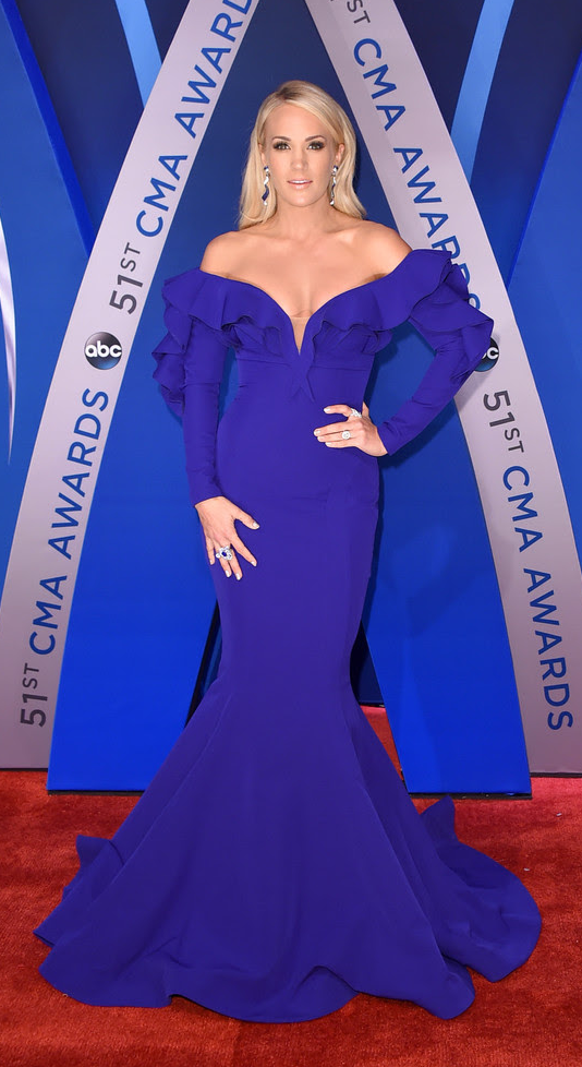 Carrie Underwood Diamond Red Carpet Moment At 51st Annual CMA Awards