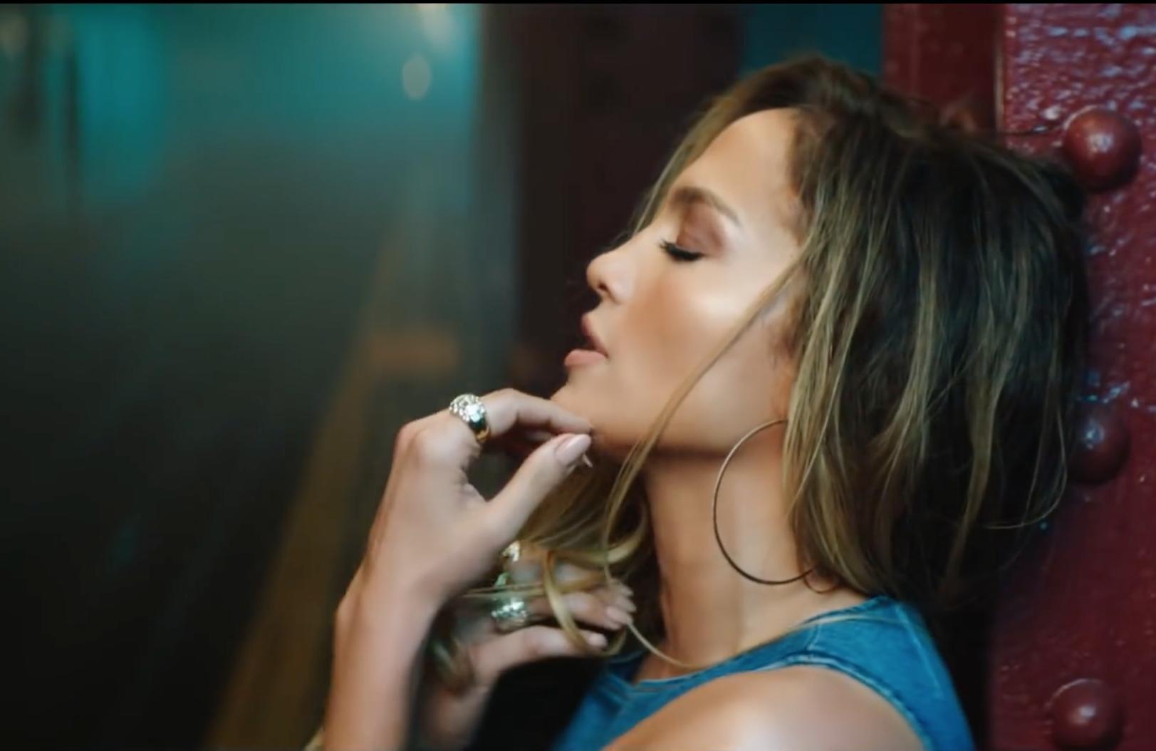 Jennifer Lopez Rocks diamond hoop earrings in her new video