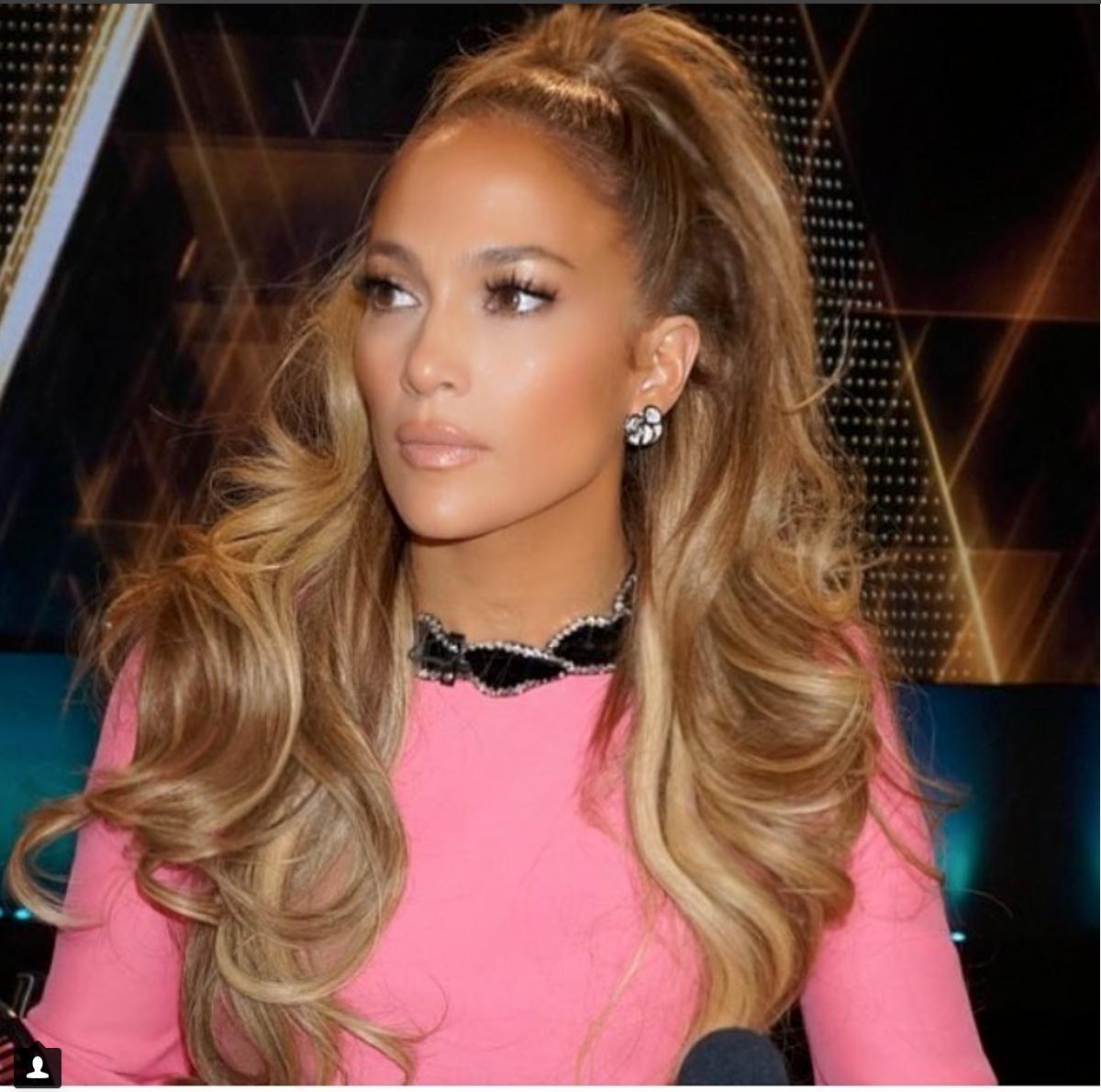 Jennifer Lopez, DVANI diamond flower earrings are hot!