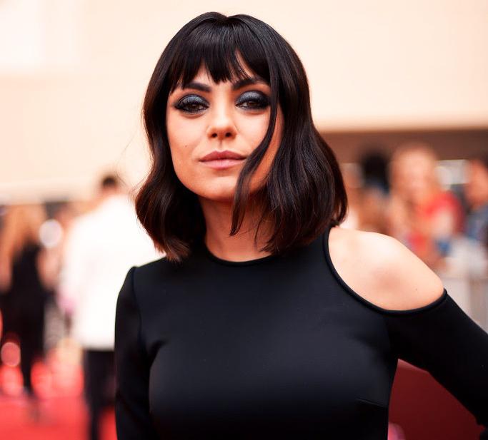 Mila Kunis, Billboard Music Awards Red Carpet Jewels