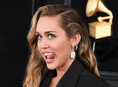 Miley Cyrus, GRAMMY Red Carpet Jewels