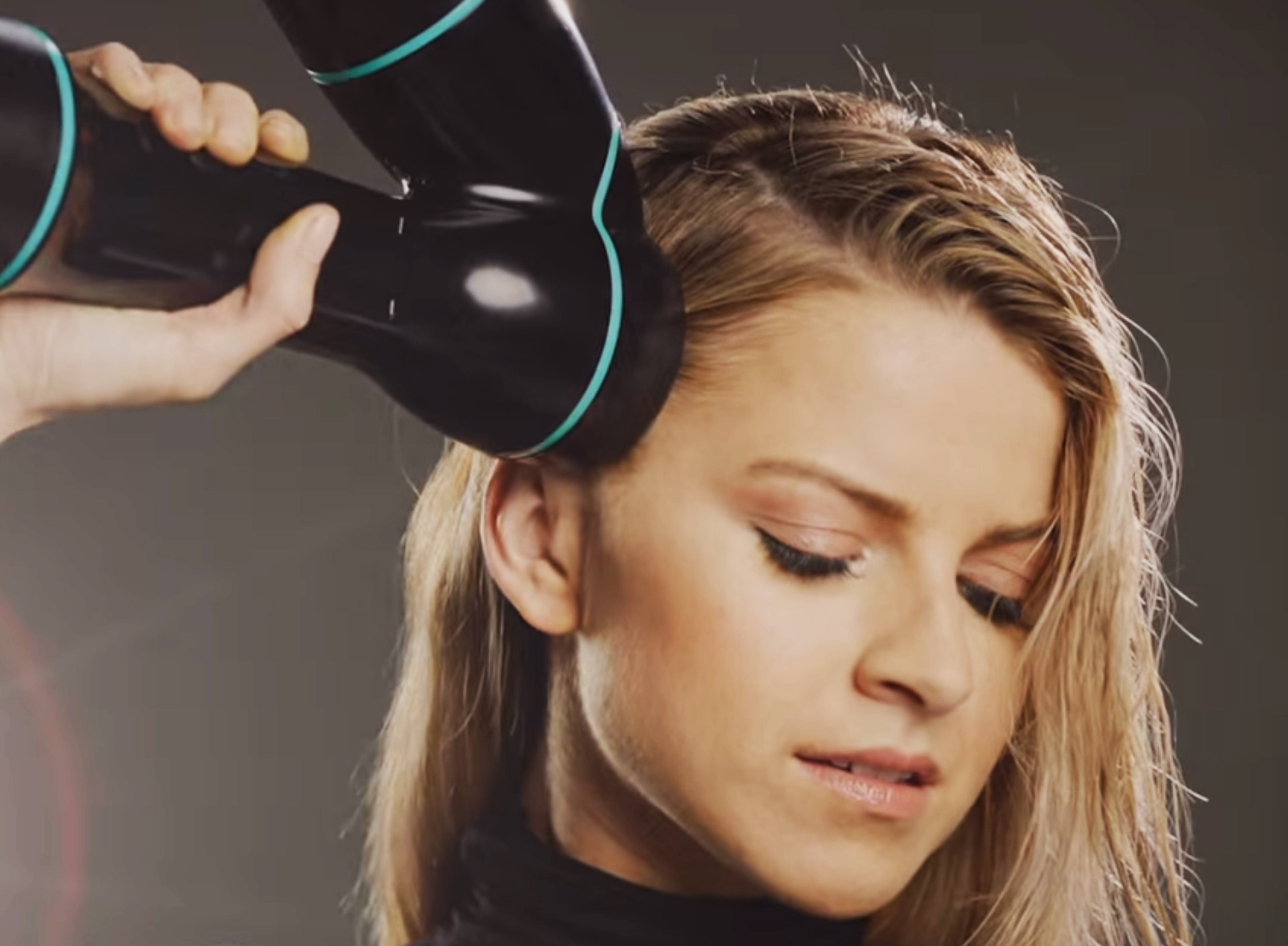 RevAir is the ULTIMATE Hair Drying Device To Give