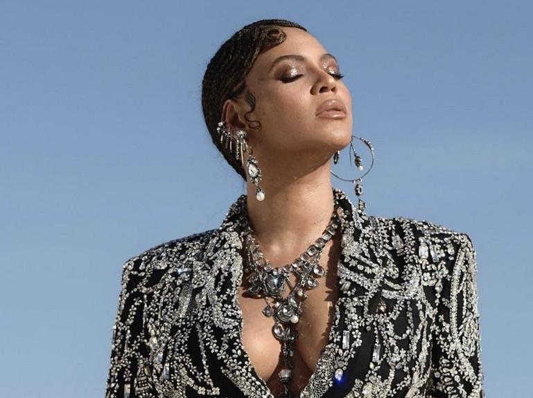 Beyonce, Instagram, Fab Style of the Week
