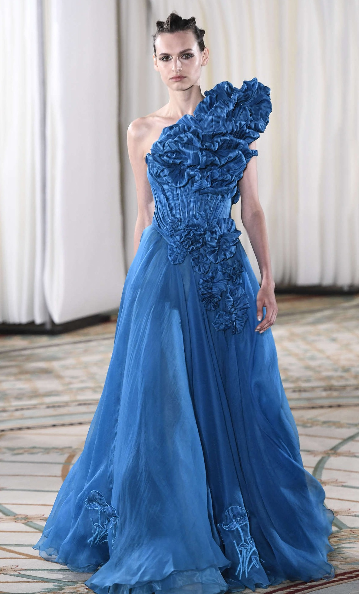 Tony Ward Fall 2019, The Fabulous Collection of Dresses